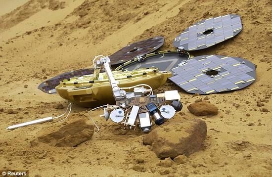 这是猎兔犬-2号探测器的模型,大小与一把打开的雨伞相当。这是它在英格兰南部地区接受野外测试时的照片
