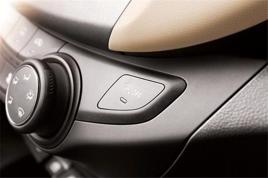 赛欧3史无前例的在这一级别车型上全系标配了Start/Stop智能启停技术