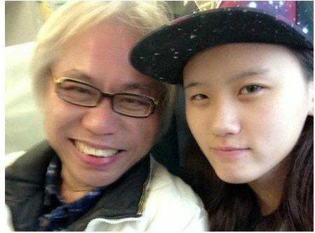 57岁李坤城和18岁小女友林靖恩