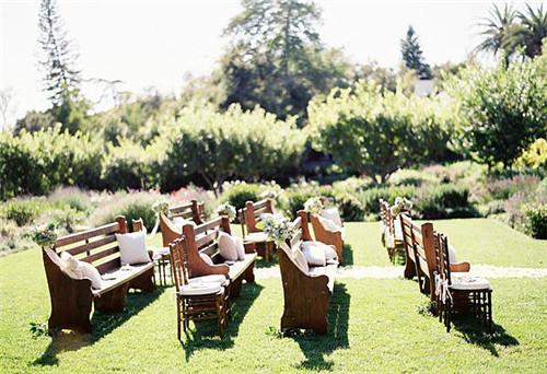 户外婚礼仪式 这样安排座位才有创意图片