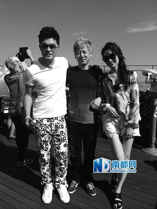 陈赫老婆许婧在去年8月发完这张照片后,就没有再秀恩爱照,陈赫也是如此。