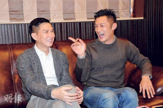 张家辉(左)与余文乐合演贺岁片《赌城风云II》后成为好朋友。