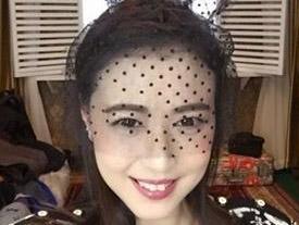 48岁周海媚扮兔女郎