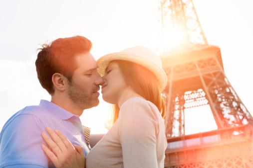 周冬雨承認戀情年初交往 同學戀情如何長久