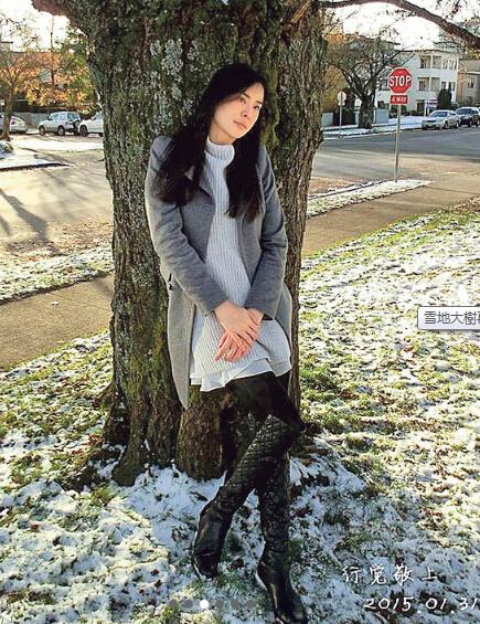 48岁的素颜王祖贤因为吃素,所以皮肤白滑。