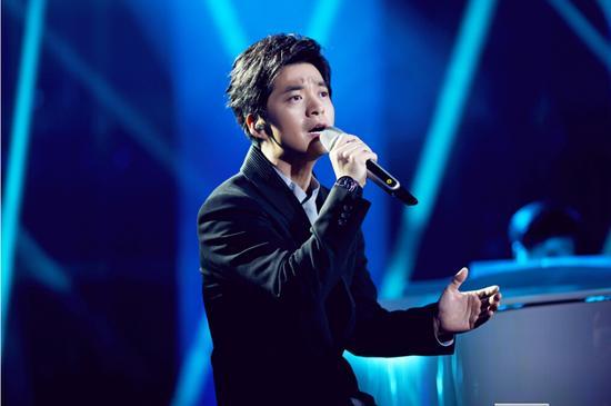 【新时尚】宝珀伴李健再战《我是歌手》
