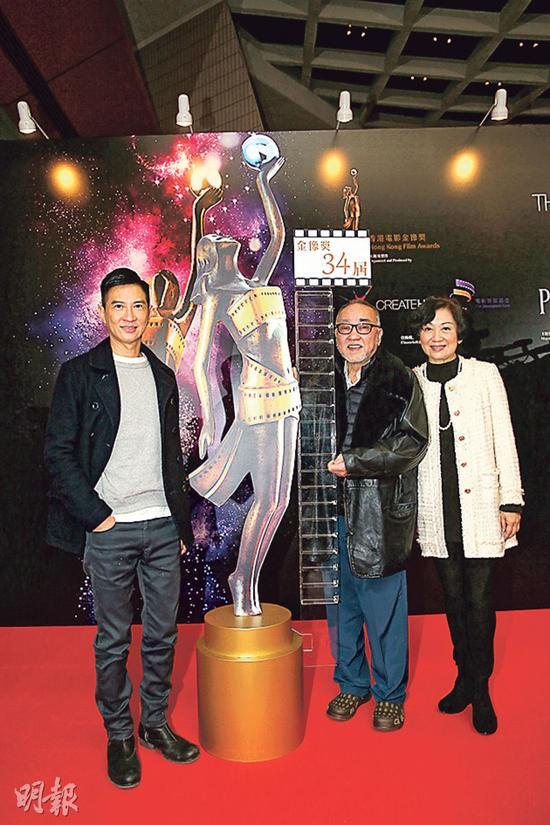 张家辉和卢海鹏今年虽然零提名,不过也替入围争女配角奖的鲍起静高兴。