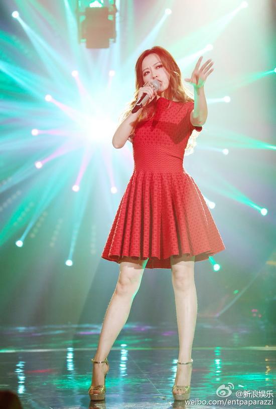 张靓颖在《我是歌手》备受争议-张靓颖直面争议 不怕被骂 更坚定地往前图片