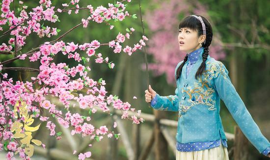 《活色生香》李溪芮饰演娇蛮千金宁佩珊