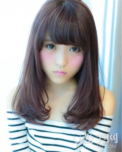 胖女生长发型图片-新款清新中长发 塑造简单优雅甜美风