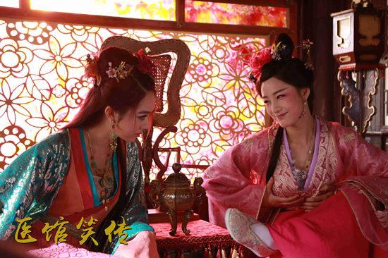 姜妍,张子萱联袂主演的明朝古装探案喜剧《医馆笑传