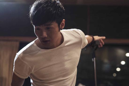 李荣浩于iTunes推出iTunes Session EP