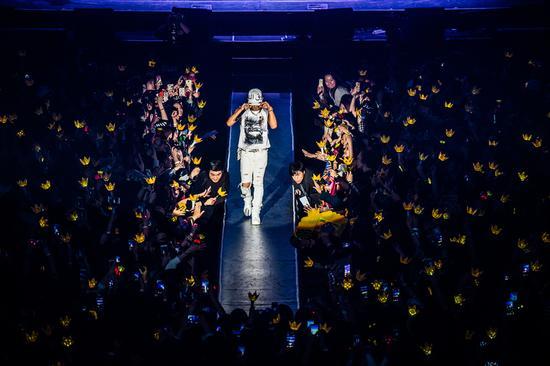 bigbang太阳成功结束首次单独世界巡回
