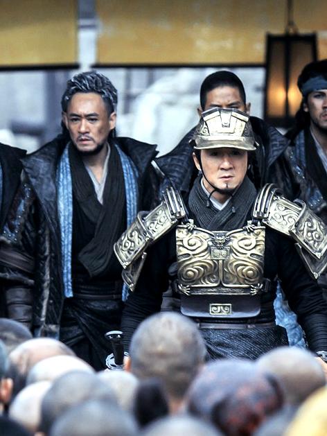 修庆(左)出演成龙最新作品《天将雄师》