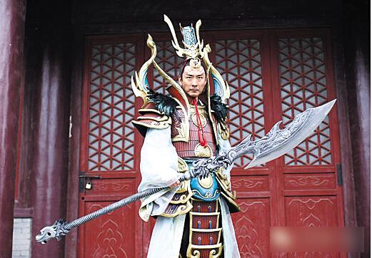 张子健的这身造型让无数网友惊呆了