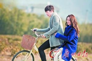 郑爽、井柏然主演的《相爱穿梭千年》正在热播