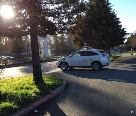 google无人驾驶汽车高清图片