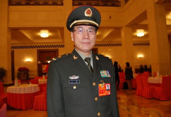 全国政协委员刘星