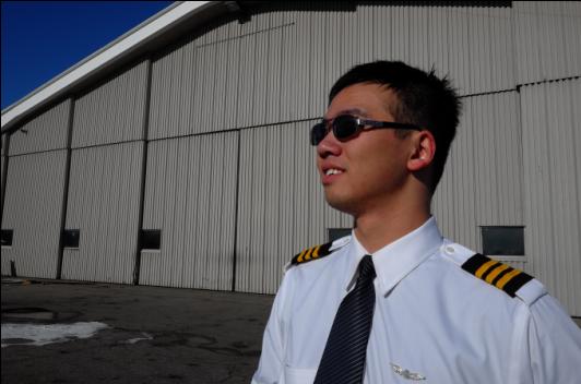 淮南小伙开飞机自驾游北美