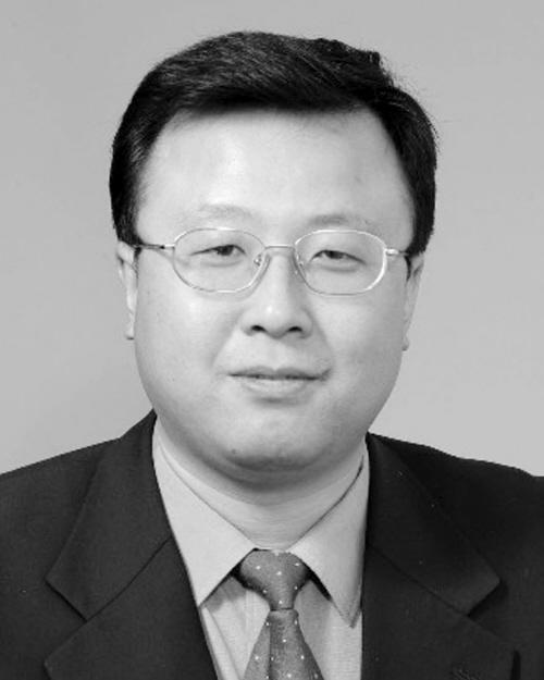 马旭,男,汉族,1969年5月出生,1992年8月参加工作,1994年2月加入中国共产党,大学学历,学士学位,现任沈阳市委组织部副巡视员,拟任沈阳市大东区委常委。