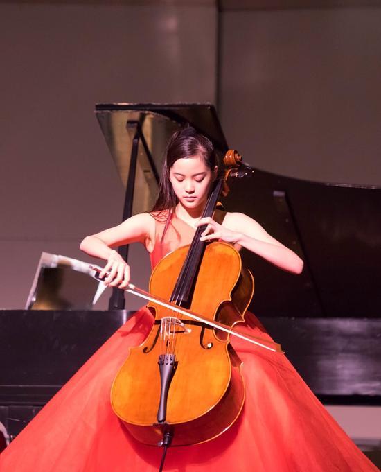 欧阳娜娜将登国家大剧院办独奏音乐会