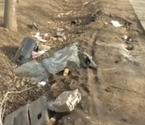 男子重伤死亡被放路边