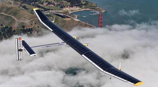 阳光动力号太阳能飞机