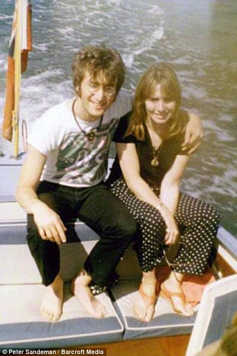 约翰-列侬与辛西娅-列侬