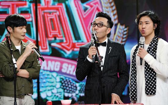 天天向上芒果_虽然踢馆失败,但李荣浩继续亮相芒果台的《天天向上》.