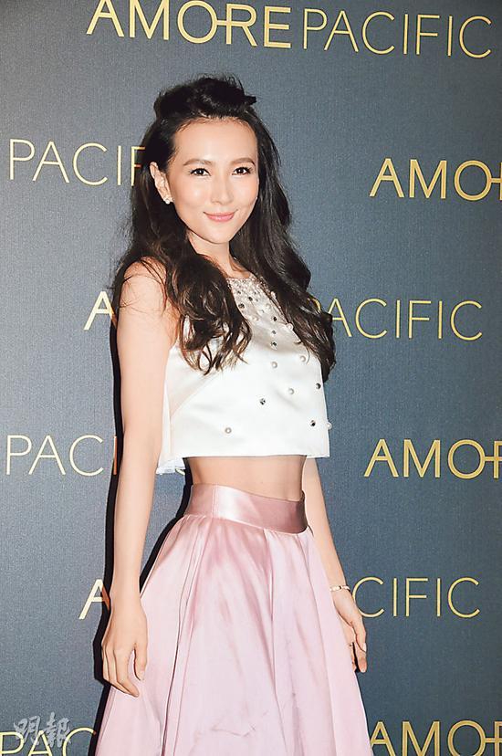 葛紫岐示意与张柏芝影戏协作的事,不断跟AEG新亚洲文娱公司在联系。