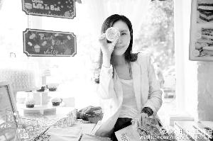 走知性路线的田朴珺宣称自己不着急结婚,还撰文阐释自己对爱情的看法