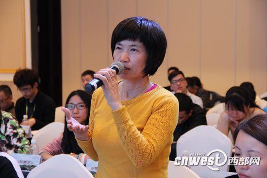 来自受水地的中国网记者张艳玲提问时首先表达对陕西南水北调所作贡献的感谢。