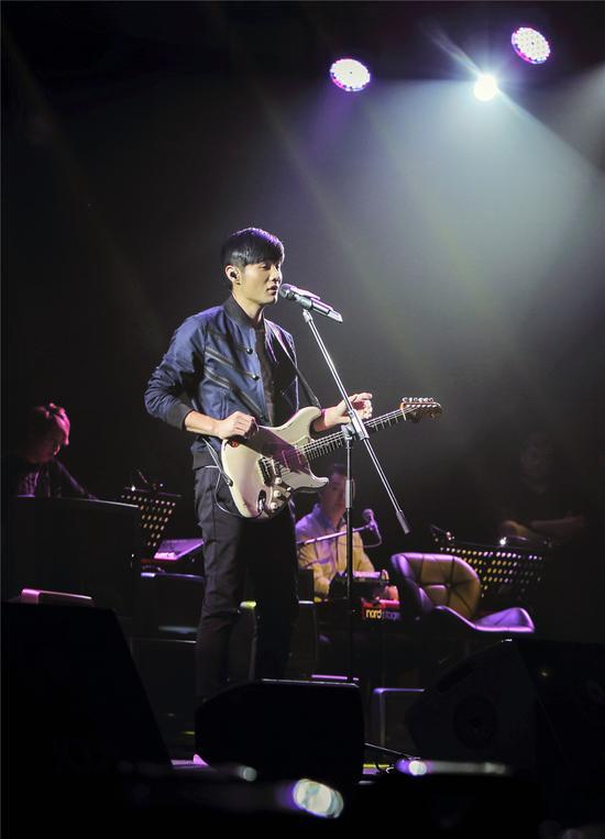 李荣浩香港首唱会现场花絮