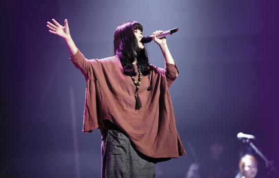 华语乐坛神婆歌手:武玮祁紫檀裸儿个性足
