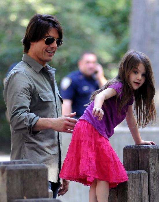 汤姆-克鲁斯与女儿