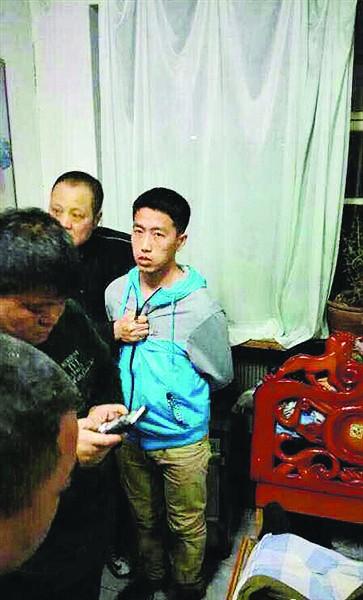 警方在绥化安达市将嫌疑人抓获.-哈尔滨国际饭店黄金劫案细节披露
