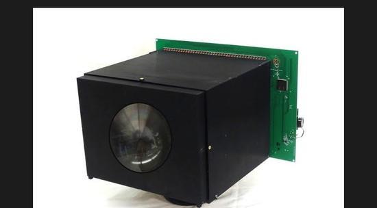 視頻:哥大科學家開發出自供電相機 無需電池