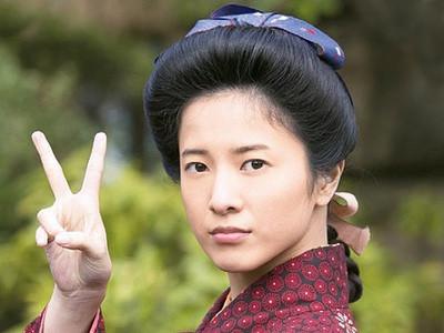 吉高由里子客岁主演晨间剧《花子与安妮》