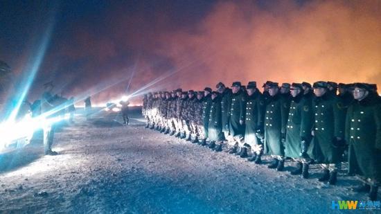 4月22日,内蒙古自治区呼伦贝尔市,内蒙古呼伦贝尔边防支队官兵在边境一线待命。