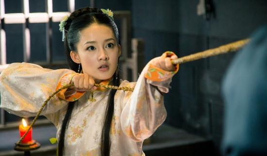李沁《极品新娘》饰唐荳荳