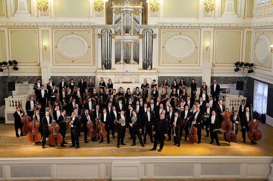 圣彼得堡卡贝拉交响乐团