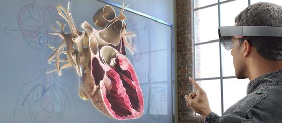 微軟開發者大會首日看點:HoloLens大放異彩