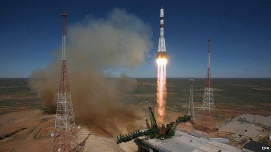 这艘无人货运飞船是在28日从位于中亚哈萨克斯坦境内的拜科努尔航天发射场发射升空的,但在升空之后不久飞船便发生故障并与地球失去联系