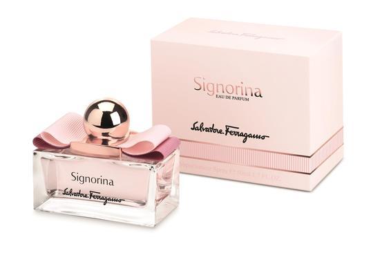 源自花香的爱情芬芳 菲拉格慕Signorina系列香水