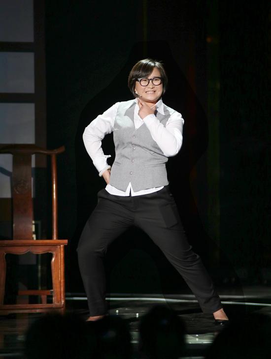 贾玲《欢乐喜剧人》现场竞演