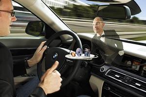 语音交互使用频率偏低,车载硬件市场待教育
