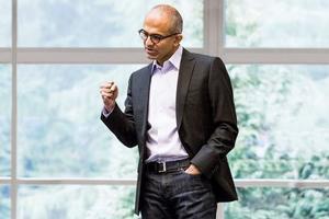 传微软CEO上任前已提出收购Salesforce