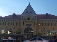 庆安站候车室一男子被铁路警察枪击身亡