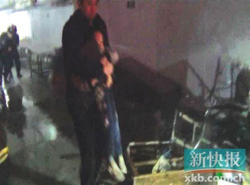成功解救被劫持儿童。通讯员供图