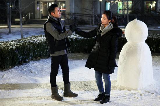 于和伟、刘涛剧中浪漫堆雪人